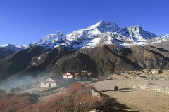 20 everest-summit-lodges-mende-mountain-view-trekking-min