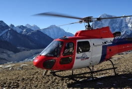 Helicopter-Landed-near-Everest-Base-Camp
