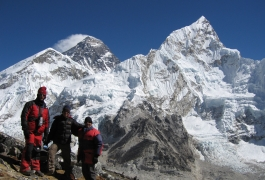 08-Everest-and-Nuptse