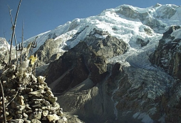 A-View-Seen-on-the-Way-to-Kangchenjunga-Base-Camp
