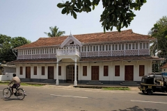 Portuguese-style-house-in-Kerala